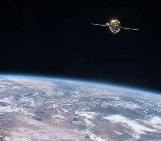 Month in Space: Star Factories and Aquanauts