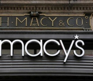 Amid Flagging Sales, Macy's to Shutter 100 Stores