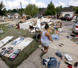Obama to Visit Flood-Devastated Louisiana, Where Donations Barely Trickle In