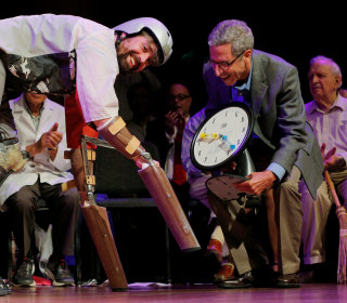IgNobel Prizes Honor Research on Pants, Itchy Arms