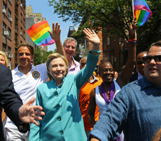 Poll: LGBT Voters Support Clinton Over Trump