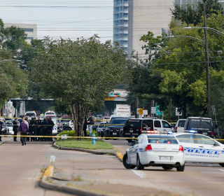 Houston Strip Mall Shooting Leaves 9 Injured, Suspect Dead