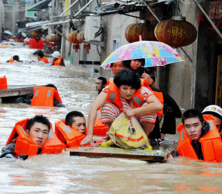 Deadly Typhoon Megi Blows Through Taiwan and China