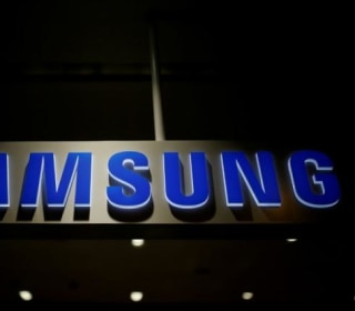 Samsung Becomes the Latest Phone Maker to Invest in Online TV