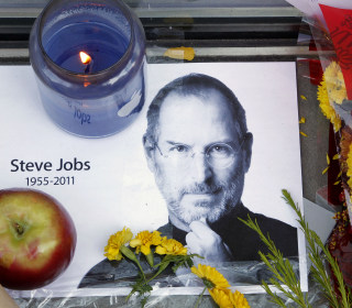 How Tim Cook Is Remembering Steve Jobs 5 Years Later