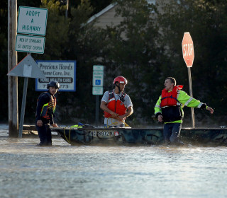 Hurricane Matthew Death Toll Rises, N.C. Gov. Warns: 'Stay Away From the Water'