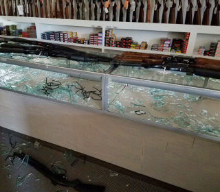 Thieves Steal 200 Guns From South Carolina Store During Hurricane Matthew