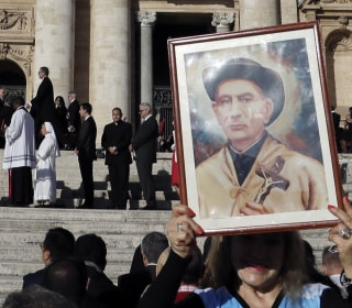 Pope Francis Canonizes Argentina's 'Gaucho Priest' Brochero, 6 Others