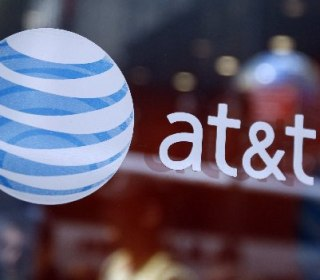 AT&T Reaches Deal to Buy Time Warner for $85 Billion