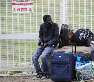 France Begins Evicting 6,000 Migrants From 'Jungle' Near Calais