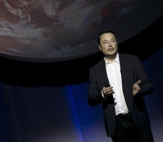 Elon Musk Details His View of Life on Mars: Tunneling Droids, Glass Domes