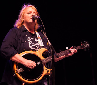 Indigo Girls' Emily Saliers on Debut Solo Album, LGBTQ Activism