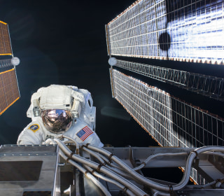 So What's It Like to Plummet From Space in a Russian Spacecraft? This American Is About to Find Out