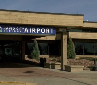 SkyWest Pilot Charged With Trying to Fly While Drunk at South Dakota Airport