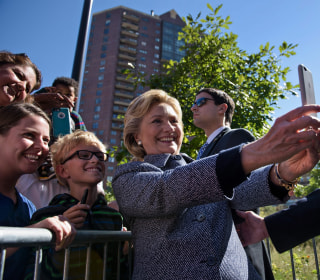 Clinton in Iowa: Why Obama-Friendly State is Not Sold On Hillary