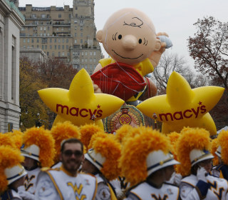 90th Macy's Thanksgiving Day Parade Floats Through NYC