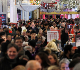 Mobile Shopping Drives Sales on Cyber Monday — But Most People Are Self-Gifting