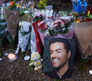 Fans Offer Emotional Tributes to Pop Icon George Michael
