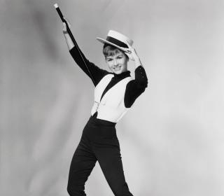 'Singin' in the Rain' Star Debbie Reynolds Dies at 84