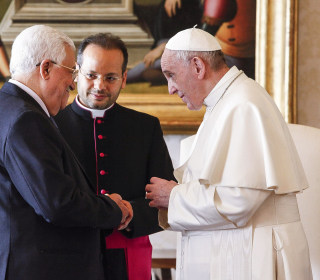 Pope Francis Meets Mahmoud Abbas, Head of Palestinian Authority, Ahead of Talks