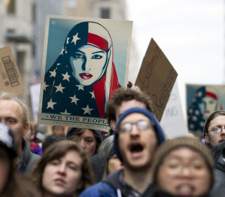 Anti-Trump Protests Intensify on Morning of Inauguration