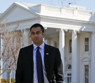Kal Penn signs deal to publish collection of essays
