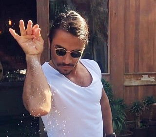 Meet 'Salt Bae,' the Turkish Chef Whose Signature Move Made Him an Internet Sensation