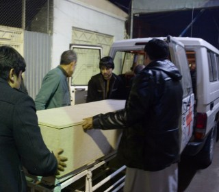 Gunmen Shoot at Afghan Aid Convoy, Killing Six ICRC Workers