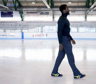 A better way to walk on the ice, according to a stuntman