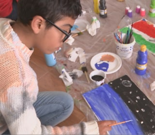 Art Program Helps Syrian and Iraqi Refugee Children Recover From War