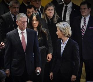 Defense Secretary Mattis Has No Issues With Press, Unlike Trump