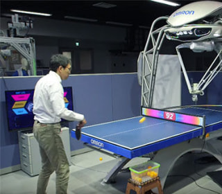 This Ping Pong-Playing Robot Makes Forrest Gump Look Lazy