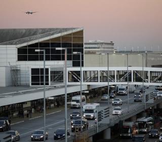Nitroglycerin Detected on LAX to Amsterdam Plane