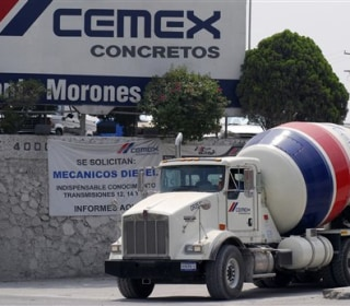 Mexico's Cemex Willing to Provide Cement for Border Wall