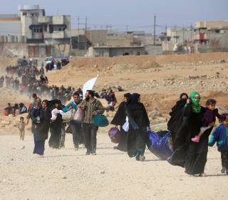Iraqis Stream Out of Mosul as Battle Against ISIS Intensifies