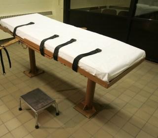 Ohio Gov. Kasich Postpones Eight Executions Amid Legal Battle
