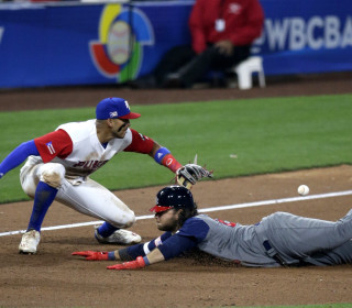 Puerto Rico's 6-5 Win Sets Up Must-Win for U.S. Against Dominican Republic