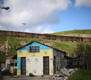 Treehouses and Mansions: Life in the Shadow of the U.S.-Mexico Fence