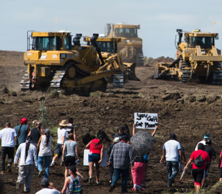 Dakota Access Pipeline Now Has Oil Beneath Missouri River, Company Says