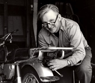 'Zen and the Art of Motorcycle Maintenance' Author Robert Pirsig Dead
