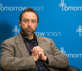 Wikipedia Founder Jimmy Wales Launches Project to 'Fix the News'