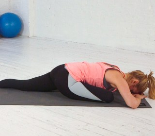 How to Do Pigeon Pose: Master This Stretch for Tight Hips