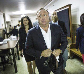 Infowars Founder Alex Jones Discusses Custody Battle