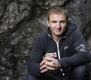 Famous Swiss Climber Ueli Steck Killed Near Mount Everest in Nepal