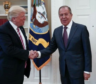 Trump and Lavrov Meet Amid Scrutiny of Campaign, Russia Ties