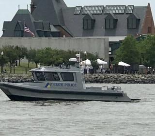 Navy Parachutist Dies in Crash at New Jersey Fleet Week