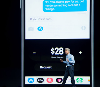 Could Apple's Next Move Finally Kill the Need to Carry Cash?