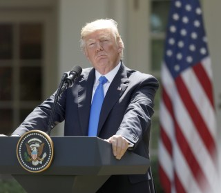 Trump '100 Percent' Willing to Testify Under Oath on Comey Allegations