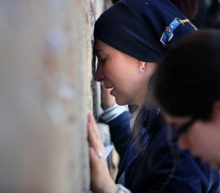 U.S. Jews Angry as Netanyahu Scraps Western Wall Mixed-Prayer Plan