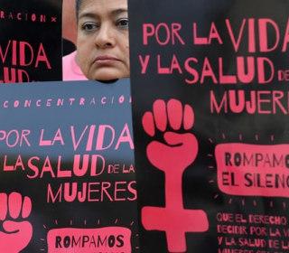 Human Rights Group Slams El Salvador for Jailing Teen Rape Victim After Stillbirth